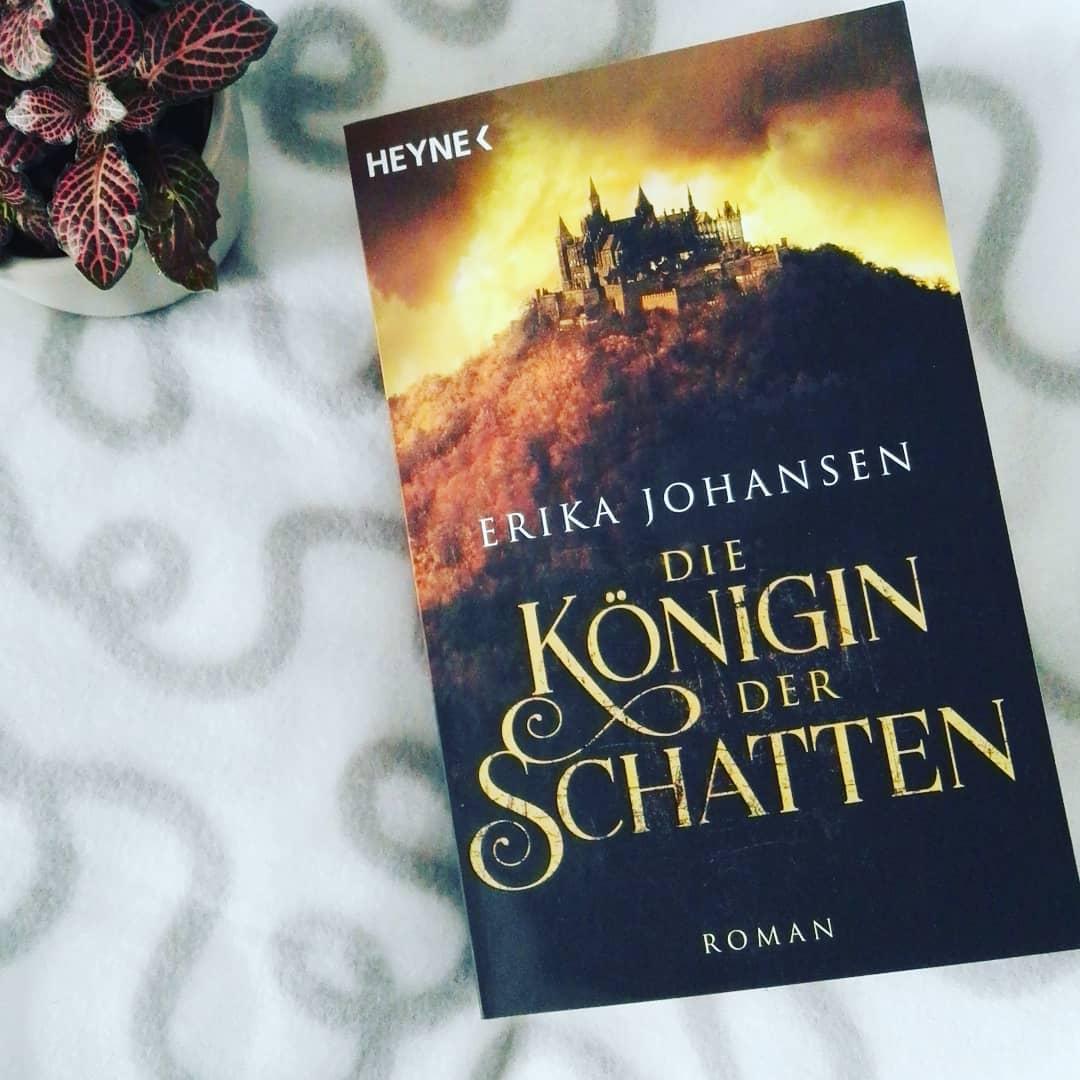 Die Königin der Schatten